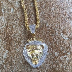 Other - 18k Gold Plated Lion Gold & Diamond Chain